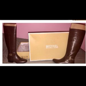 Authentic Michael kors leather Harland boots